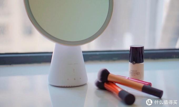 不会说话的美妆镜不是一个好的智能音响——天猫精灵QUEEN智能语音美妆镜