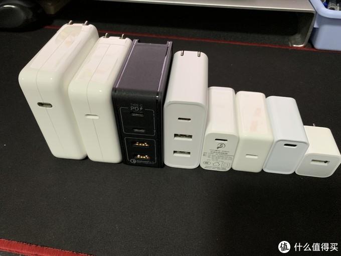 依次为苹果87w,苹果61w ,摩米士66w, 紫米65w,坤兴30w,锤子18w,X-IT 18w(劲电宝JDB),苹果5v1A