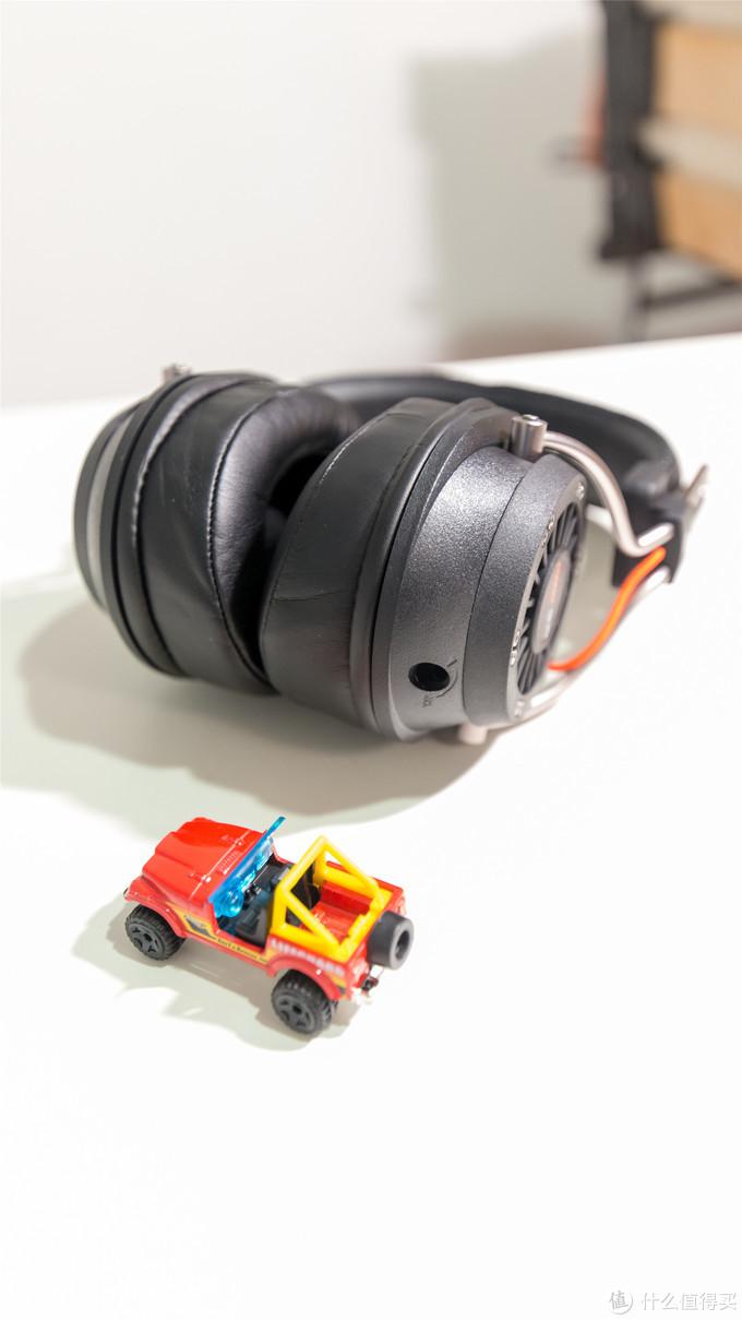 耳机线材接口用的是3.5寸