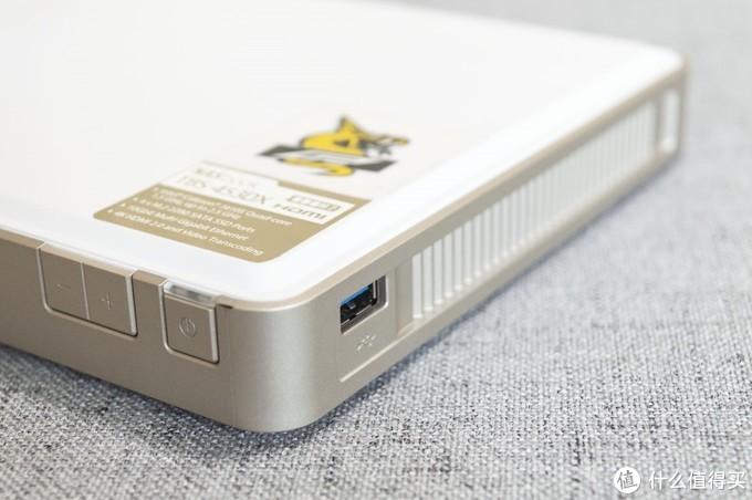 纯SSD存储的NASbook到底是个啥?  威联通TBS-453DX上手体验