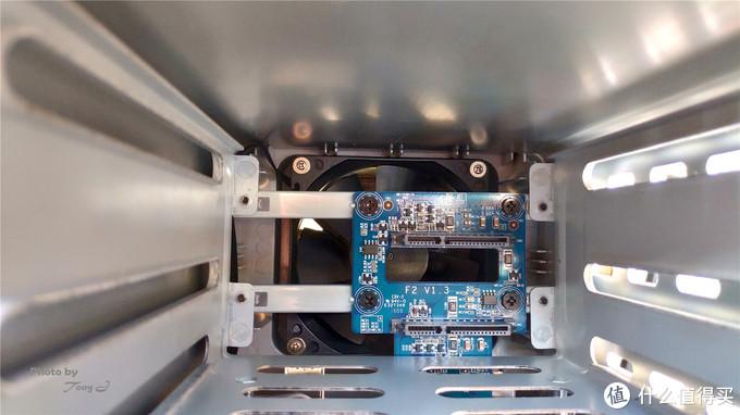 打开家庭网络存储之门,简评TerraMaster铁威马F2-210