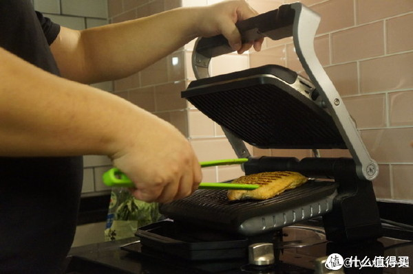 用美食,致敬我们无比热爱的生活!——米家电磁炉新品,唤醒你对生活的热爱