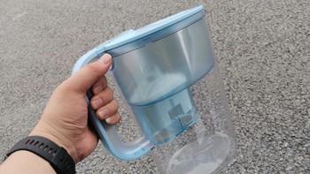 意大利莱卡净水壶外观展示(滤芯|材质|过滤网)