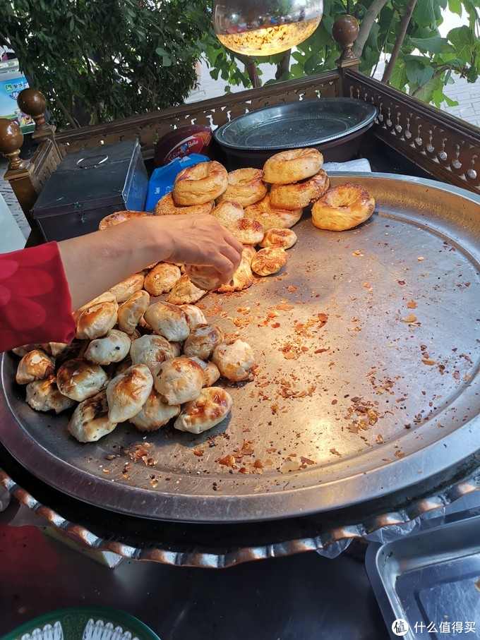 爱乐热木肉馕烤包子店