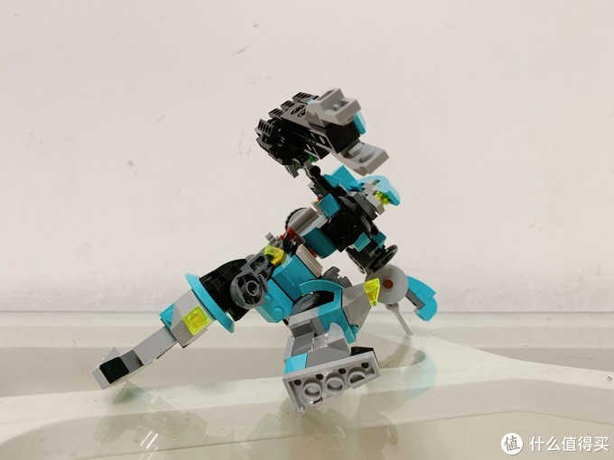 乐高创意百变31062拼搭指北:机器人探险家,进化铁拳机甲