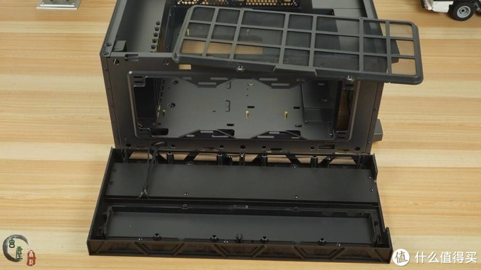 鑫谷开启ATX3.0架构时代,显卡垂直安装,IO接口上置,水平风道,开元K1机箱上手体验