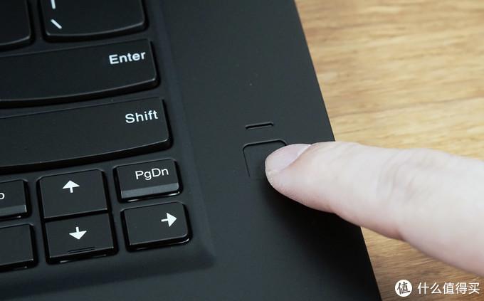 不输 Mac 的设计体验?Mr.T 带你体验 ThinkPad X1 隐士