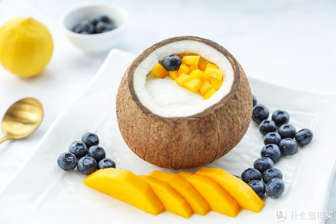 家乡的味道-原只椰子炖双皮奶