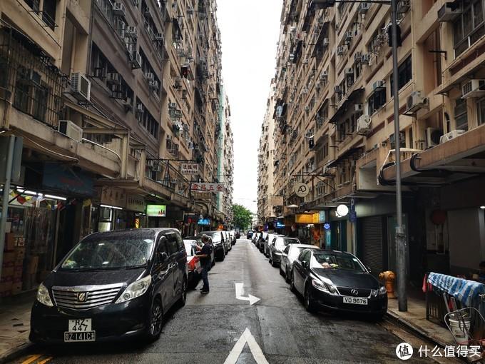 乘着飞翔的绿皮车,拿着新买的P30,行摄Hong Kong