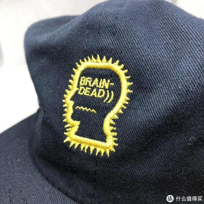 毫无指向性的一款帽子,只是为了logo款