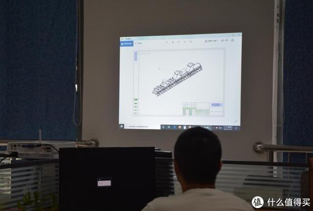 打造无线会议室,明基E500商用投影仪上手体验