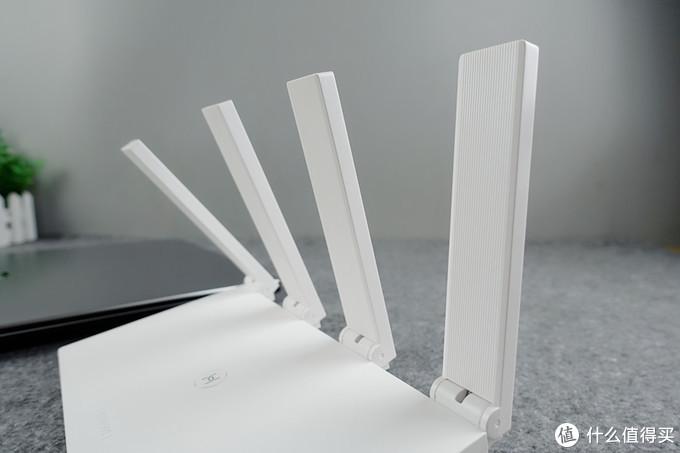 华为WS5200四核版路由配备凌霄四核CPU拥有高达5Gbps数据转发能力