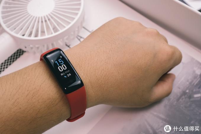 用纯粹手环来改造自己运动习惯,让生活更健康:乐心智能手环5S