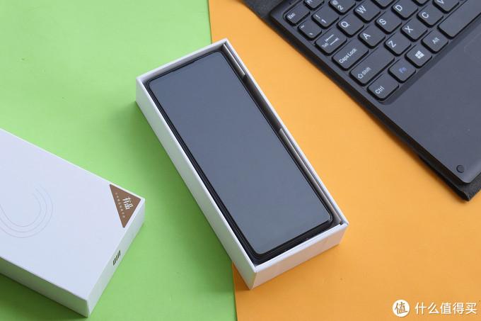 """""""全面""""升级之作——多亲AI助手Qin 2手机体验"""