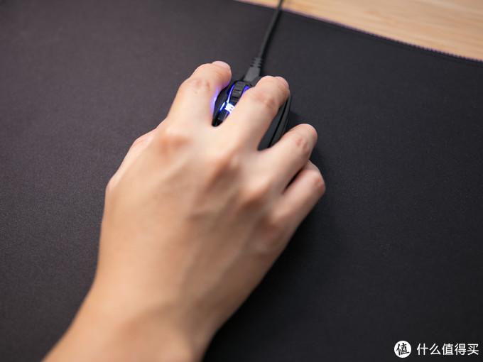 D-PAD 侧键+OLED屏,这个鼠标不一样—酷冷至尊MM830鼠标及MP750鼠标垫体验