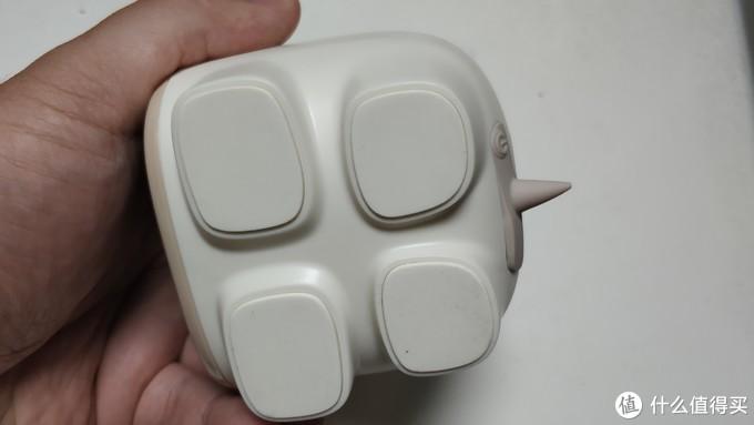 象腿,大面积脚垫,可以有效防止低音振动位移;