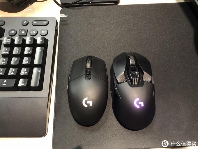 比G903小一圈,LOG没有灯,外观更加朴素