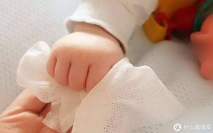 宝宝湿巾怎么选?3个注意事项要牢记
