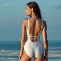 夏日泳衣选购攻略——做一个可盐可甜的泳池小仙女