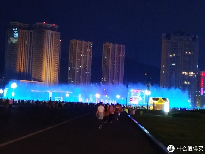 青海广场喷泉