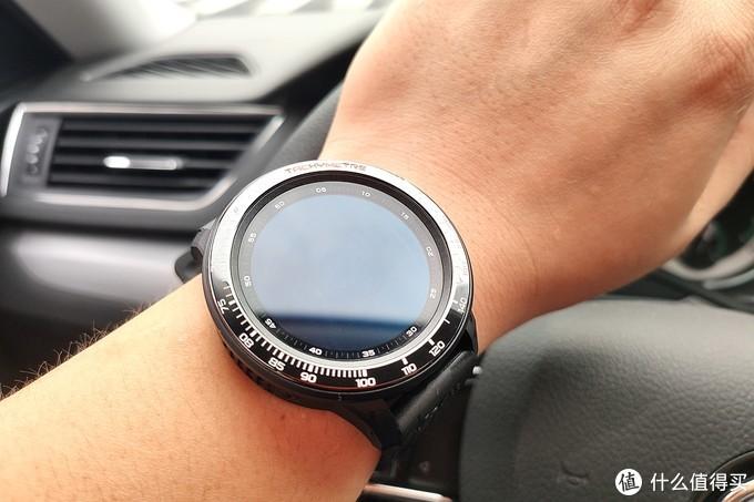 可插全网4G卡,带GPS,Jeep智能全境界腕表全功能体验