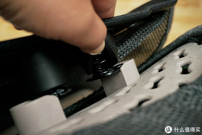 人体工学椅太贵?拯救老腰还可用它,米乔人体工学腰垫使用体验