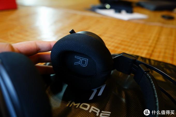 RGB+7.1!万魔(1MORE)Spearhead VR 7.1声道游戏耳机开箱&评测