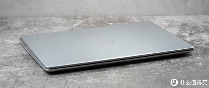 两千二百多的15.6寸ACER笔记本电脑,还要什么自行车?