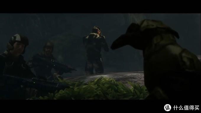 战甲锁定状态的士官长视角,对面是约翰逊