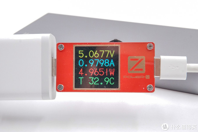 百瓦三口快充强如魔王,绿巨能100W PD笔记本移动电源评测
