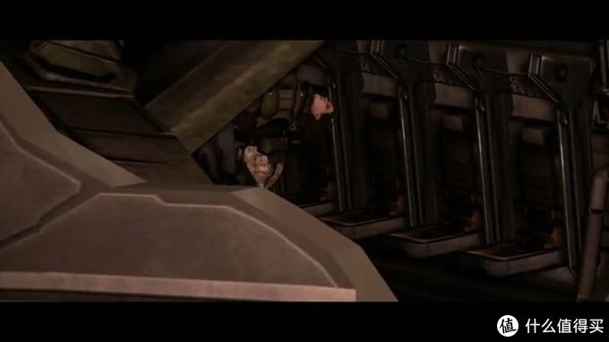 约翰逊抱着米莲达尸体进入鹈鹕号,打算离开