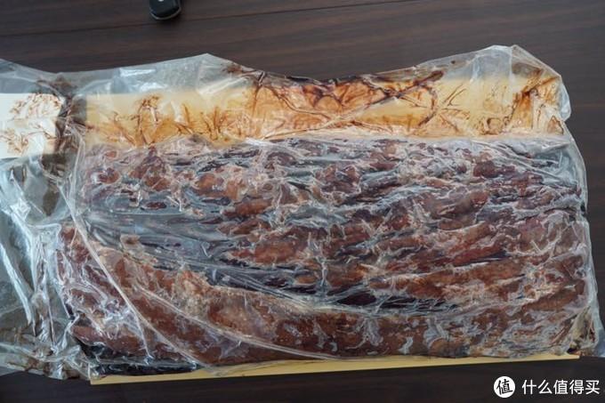 可以看出,这块眼肉,袋子和肉的表面接触非常紧密