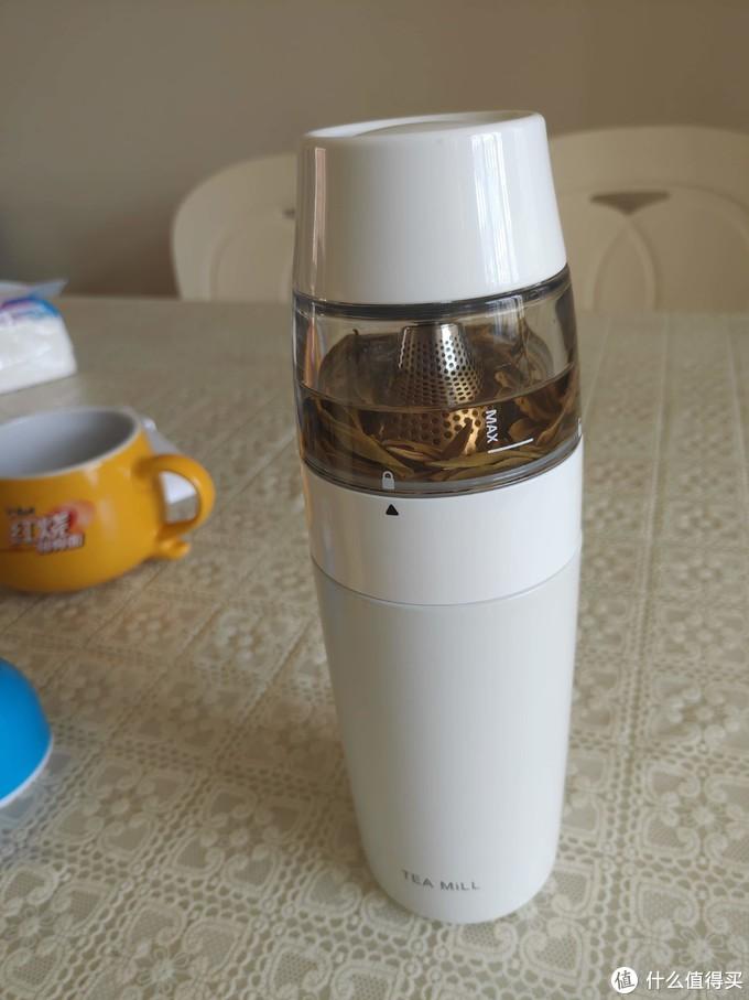 随时随地享受鲜泡好茶---恒福 随身泡 茶水分离泡茶杯 轻评测