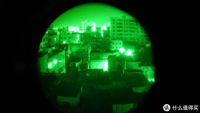 暗夜之眼 国产Lucie夜视仪外观及附件测评