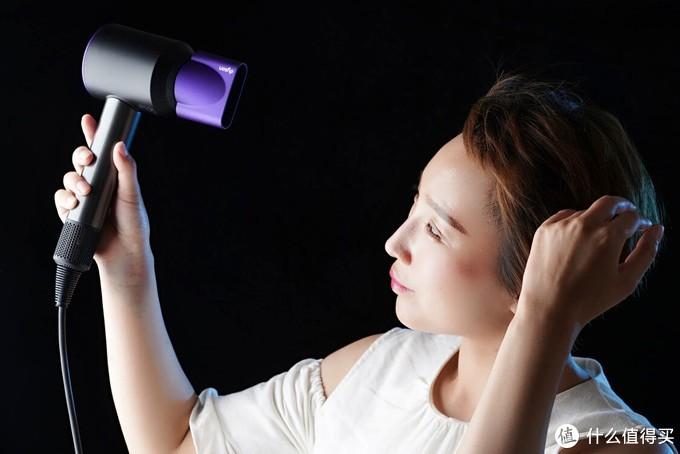 新一代Dyson吹风机--新添硬核装备,4款风嘴轻松转换,打造完美发型!