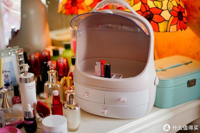 做工一般的网红化妆品收纳盒