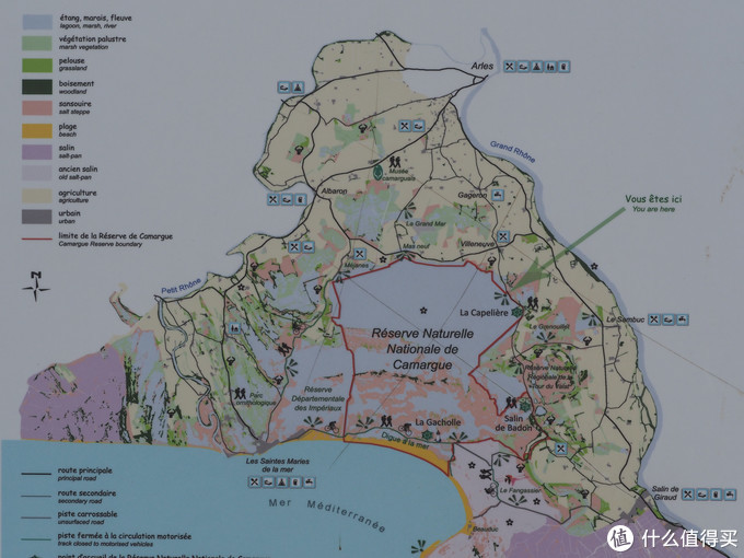 醉美普罗旺斯自驾:小镇、粉湖、大海、火烈鸟