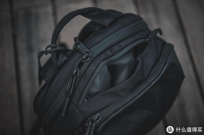 """简""法——Aer Day Pack一日通勤背包测评"