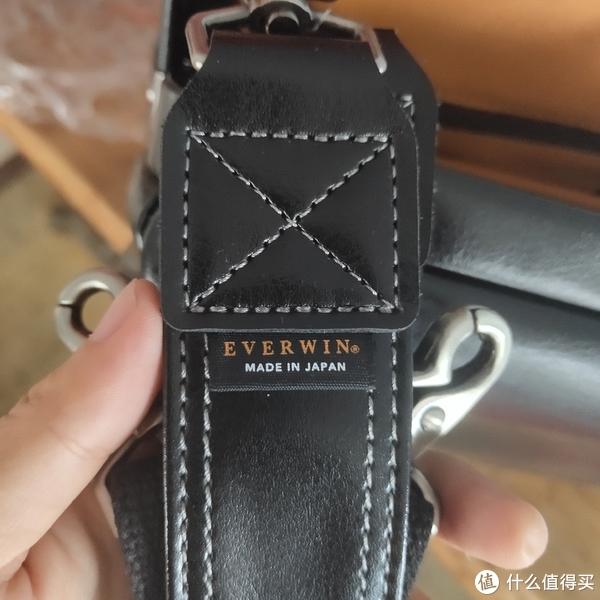 背带上的日本制造标志,妥妥的展示了它的正统血脉。