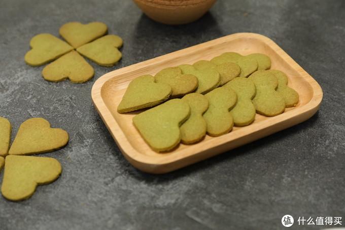 还在担心孩子的零食吗?这些健康实惠的小饼干做法赶快学起来!(上)