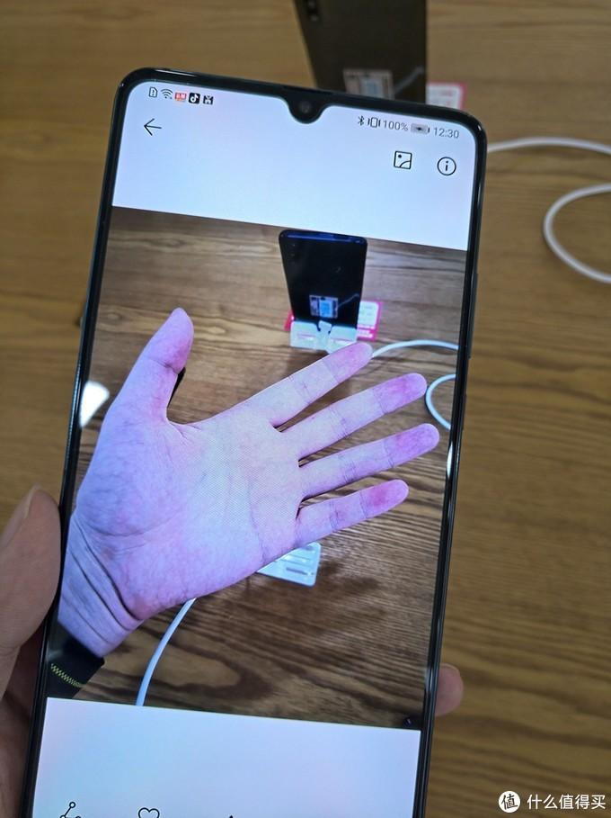 """抢5G的浪头,还是""""等等党""""的胜利? - 几款5G手机速评小记+不严谨的拍照小比拼"""