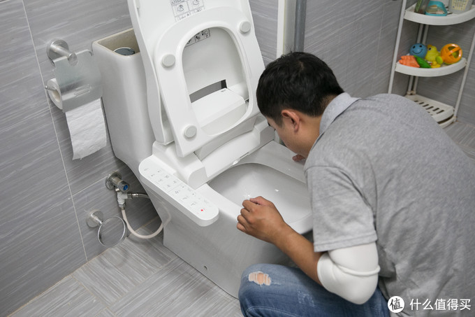 久坐伤身?Roca欧乐净+盖普智能座厕让你坐上就不想起来!