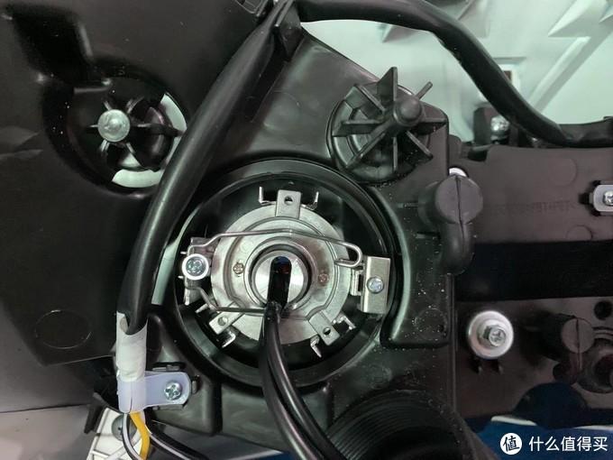 铃木UY125踏板摩托车初体验,附改灯教程