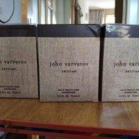 john varvatos约翰瓦维托斯工匠藤编男士香水使用总结(瓶盖|喷嘴|味道)