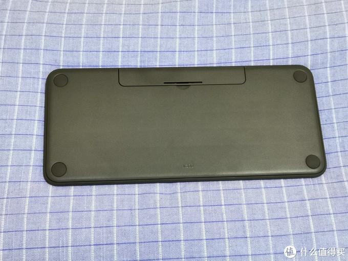 终于下定决心入手罗技K380来给iPad和笔记本搭个伴,解决触屏打字效率低下的问题