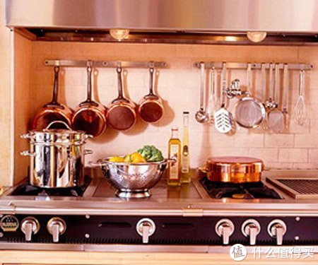 收纳小妙招——给厨房的瓶瓶罐罐,找一个整洁的家