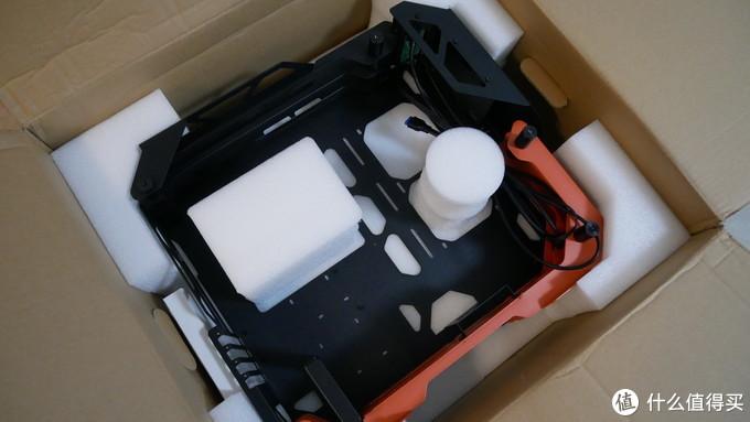 哪吒同款配色,拒绝异形,骨伽开拓者mini机箱,第一次用千元机箱