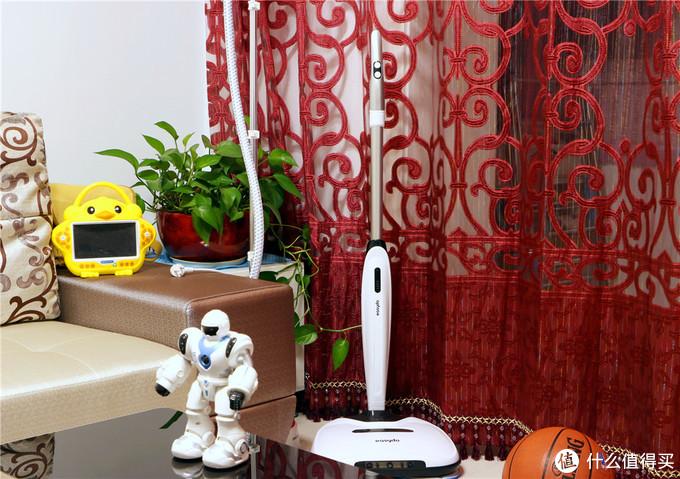 为了让家居清洁走向轻松时代,老魏剁了台上千元的Easydo拖地机