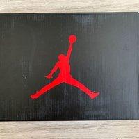 Air Jordan 6篮球鞋外观展示(鞋身|皮革|后跟|鞋带)