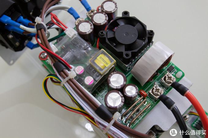 大电感用绝缘胶带做好绝缘